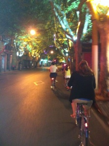 The streets are quiet, there are no crazy taxi drivers, and you can hear your thoughts...night biking is the best!